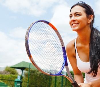 Tenniswoman_1920_1000